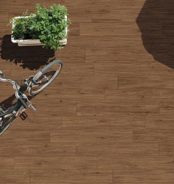 Pavimento gres porcellanato Gardenia Orchidea Noce rosso 16×100 esterno Foto 1