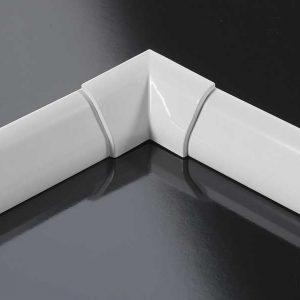 Profilo finitura vasca rigido in alluminio bianco 3 lati 85x185x85 Novellini