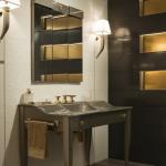 Versace ceramics Gold 25×75 rivestimento crema interno